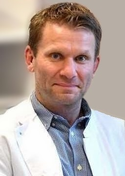 Йорг Энгель, гинеколог-онколог, маммолог